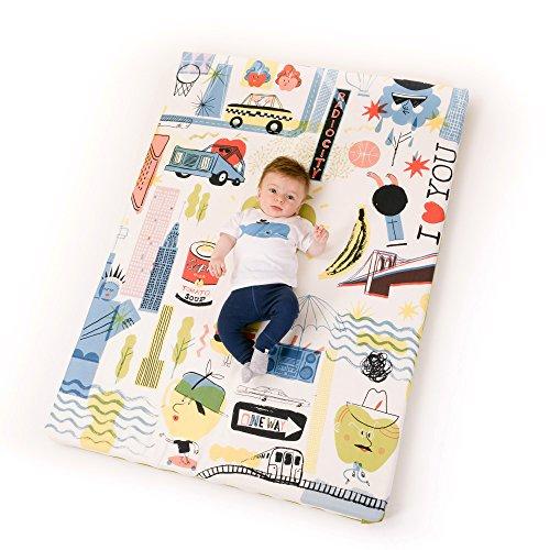 Manta de juegos para bebés acolchada plegable enrollable gimnasio suelo actividades alfombra Tamaño único 130x90 cm Fabricada en España Decoracion Regalo bebe (Big Apples)