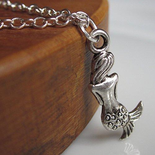 Collar de plata de la sirenita