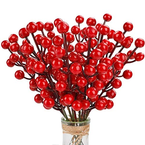 TELDRASSIL 24-Pack Red Christmas Berries Stem Artificial Holly Berry Stem for Christmas Tree Decorations, Crafts, Holiday and Home Decor