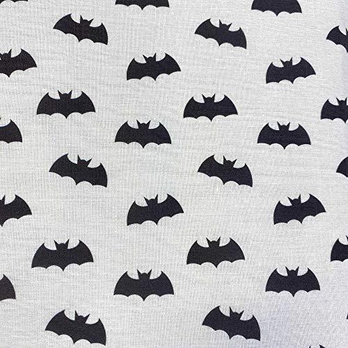 Kt KILOtela Patchwork-Stoff, Digitaldruck, 100 prozent Baumwolle, 50 cm Länge x 140 cm Breite, Batman, Fledermaus, Weiß, Schwarz