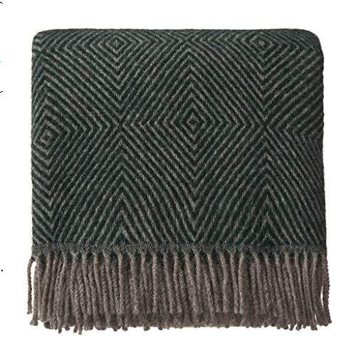 URBANARA 140x220 cm Wolldecke 'Gotland' Grün/Grau — 100% Reine skandinavische Wolle — Ideal als Überwurf, Plaid oder Kuscheldecke für Sofa und Bett — Warme Decke aus Schurwolle mit Fransen