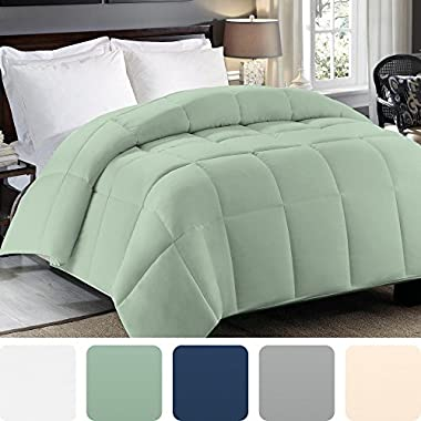 Cosy House Collection Premium Down Alternative Comforter - Sage Green - All Season Hypoallergenic Bedding - Lightweight and Machine Washable - Duvet Insert - Fits Full And Queen Size