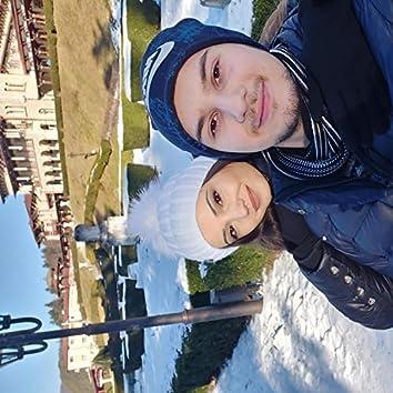 Colind de craciun (Din ceruri ninge alb)