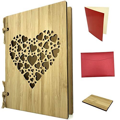 Grußkarte aus Holz als Geburtstagskarte & Hochzeitskarte - Bambuskarte mit Herzen ca. A6 Format, handgefertigt - Set mit Einlagepapier, Briefumschlag