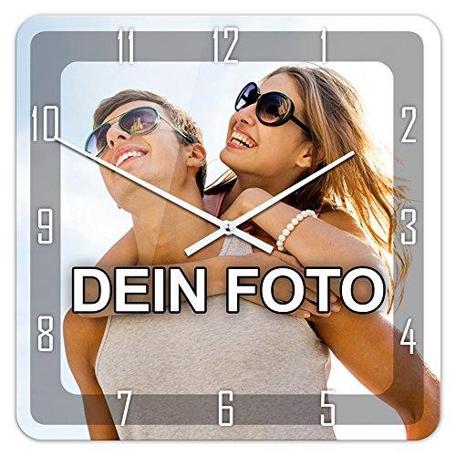 PhotoFancy® - Uhr mit Foto Bedrucken - Fotouhr aus Acrylglas - Wanduhr mit eigenem Motiv selbst gestalten (35 x 35 cm eckig, Design: Klassisch schwarz/Zeiger: weiß)