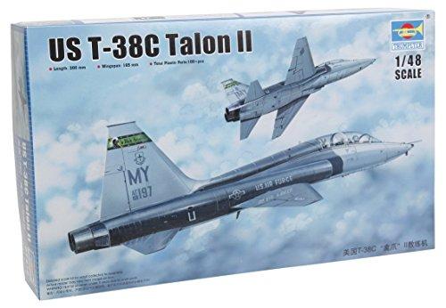 Trumpeter US T 38C Talon II Model Kit