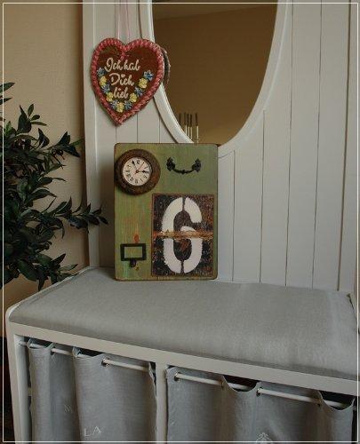 Wandbild mit Uhr und Memoboard im Usedlook