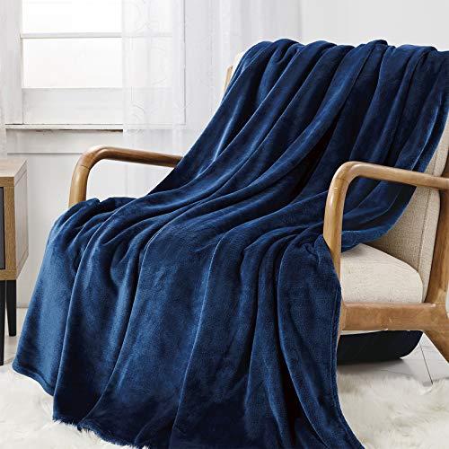 WAVVE Manta Franela Reversible 130x150 cm para Cama 80, Manta de Sofá 100% Microfibra, Suave, Caliente, Transpirable para Hogar, Oficina, Viaje (Azul Marino)