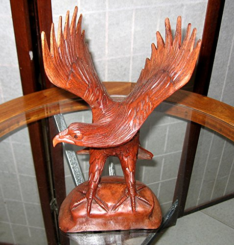 Artigianato etnico Aquila scolpita nel legno h 20 cm