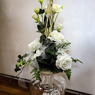 Home design - composizione fiori finti con vaso vetro