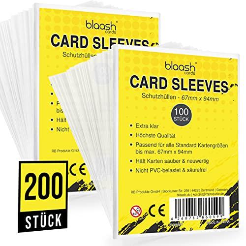 blaash® Card Sleeves   200 Premium - Hüllen   Transparente Kartenhüllen für alle gängigen Spiel- und Sammelkarten wie Pokémon, YuGiOh, MTG, Match Attax  Standard Penny Soft Sleeves   67 x 94mm