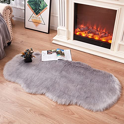 Topspitgo Alfombra de piel de oveja sintética, alfombra antideslizante para sala de estar, dormitorio, sofá (gris, 70 x 140 cm)