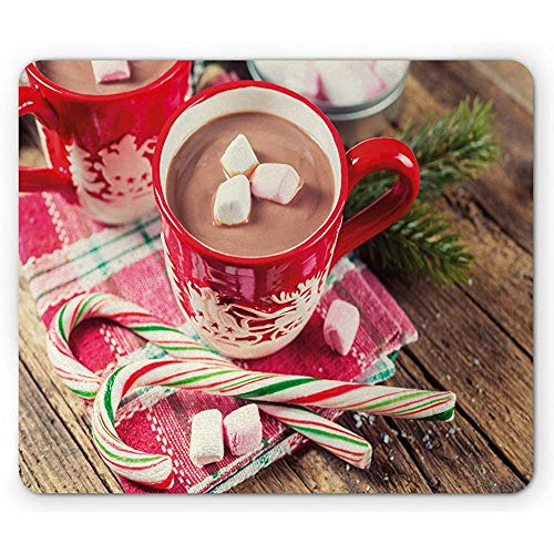 Kerstmis muismat, wazig foto van warme chocolade in mokken met marshmallows snoepjes, 25x30cm anti-slip rubber, Multi kleuren