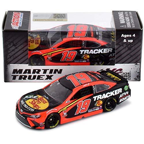 Lionel Racing Martin Truex Jr 2019 Bass Pro Shops NASCAR Diecast Car 1:64 Scale