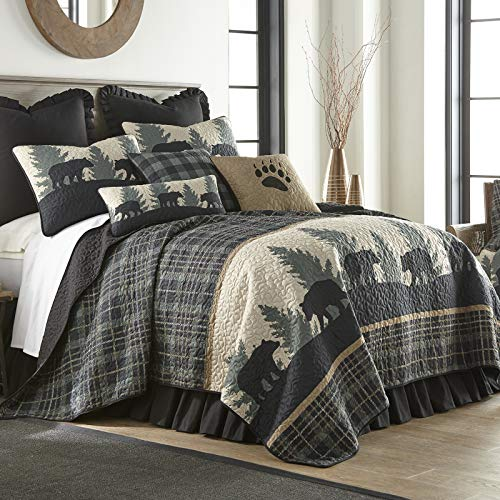 Full / Queen Bedding Set - 3 Piece - Bear Walk Plaid by Donna Sharp - Lodge Quilt Set with Full/Queen Quilt and Two Standard Pillow Shams - Fits Queen Size and Full Size Beds - Machine Washable