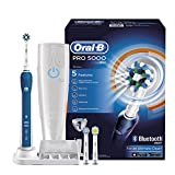 Oral-B Pro 5000 Cross Action spazzolino elettrico ricaricabile con connettività Bluetooth Powered...