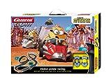 Carrera GO!!! Minion Power Racing Rennstrecken-Set | 4,9m elektrische Rennbahn mit 2 Autos | Handregler, Turboknopf, Streckenteile, Looping | für Kinder ab 5 Jahren & Erwachsene [Exklusiv bei Amazon]