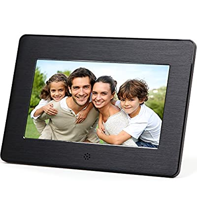 Micca 7-Inch Digital Photo Frame with High Resolution Widescreen LCD and Auto On/Off Timer (M707z)