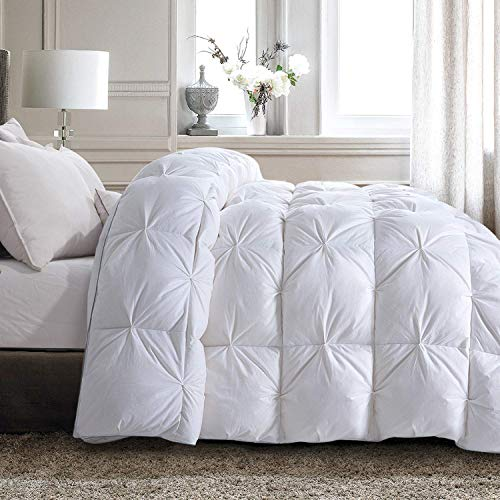 HOMBYS Oversized King Size Goose Down Comforter, 120 x 98 Inches White Pinch Pleat Palatial King Duvet Insert with 100% Cotton Downproof Cover, Fluffy Cal King Down Feather Comforter for All Season