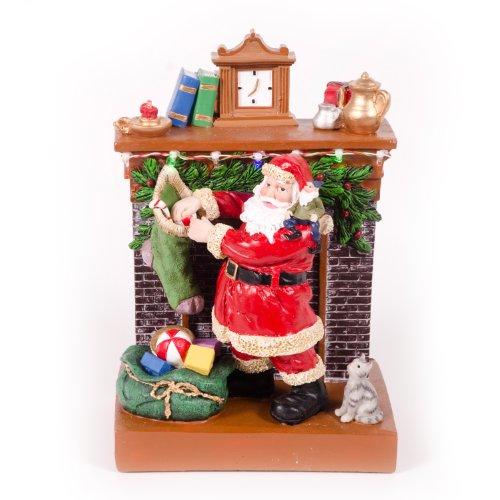 WeRChristmas Kerstman bij open haard met kerstversiering, 23 cm - meerkleurig