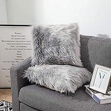 Sweetwill 2 fundas de cojín decorativas, color gris, 60 x 60 cm, cojín decorativo de piel de cordero sintético de pelo largo