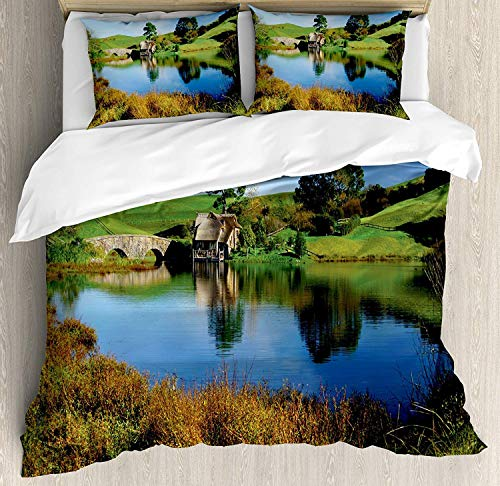 KIMDFACE Hobbits Bettwäsche Set, Hobbit Land Village House Lake mit Stone Bridge Farmhouse Cottage Zealand, Dekoratives 3 teiliges Bettwäscheset mit 2 Kissenbezügenn, Grünblau