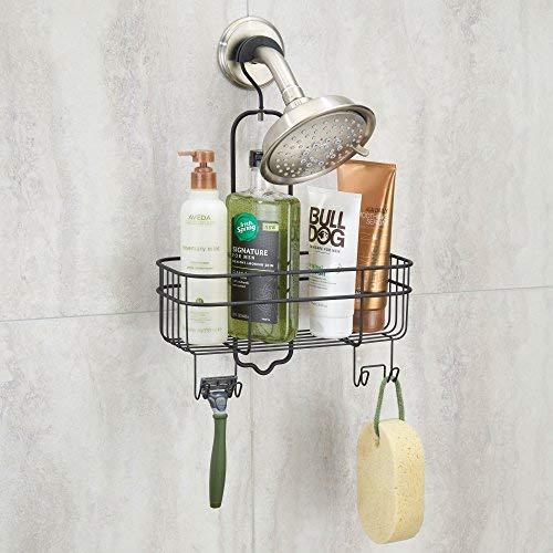 mDesign Comodo portaoggetti doccia senza foratura – Portasapone e bagnoschiuma con 4 ganci per appendere accessori doccia – Scaffale bagno in metallo – Nero opaco