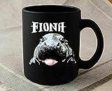 Divertida taza de café Fiona The Hippo Baby Funny Cute – Divertido regalo de cerámica negra taza de regalo taza de café, té o café, taza de café de 325 ml, regalo para mujeres y hombres