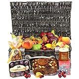 Cesto de frutas y chocolate de otoño – Cesta de regalo de frutas y cestas de regalo con envío al día siguiente en Reino Unido con mensaje personal adjunto