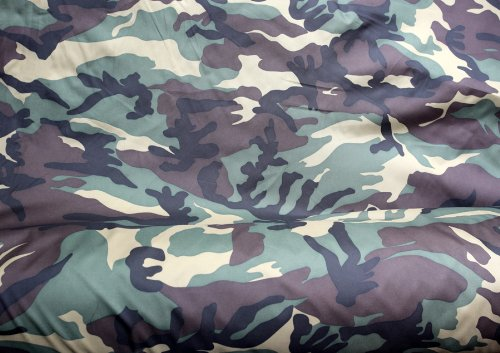 Patrón de ejército de camuflaje tejido de poliéster. Totalmente resistente al agua Oxford 300D. Se vende la hoja de 200cm x 148cm