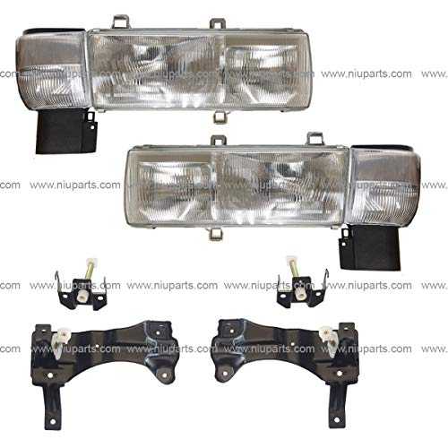 Headlight with Mounting Bracket and Corner Lamp - Driver and Passenger Side (Fit: Nissan UD 1800, UD 2000, UD 2300, UD 2600, UD 3300 Trucks)