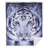 5 STARS UNITED Throw Blanket – 50x60 Black & White Tiger - Animal Print - Premium Minky Fleece with Sherpa - Soft, Plush, Warm - Perfect for Couch, Bed, Sofa