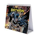 Calendario escritorio Deluxe 2022 DC Comics Batman - Calendario 2022 sobremesa - Calendario 2022 Batman │ Calendario Batman - Calendario mesa 2022 - Calendario anual - Producto con licencia oficial