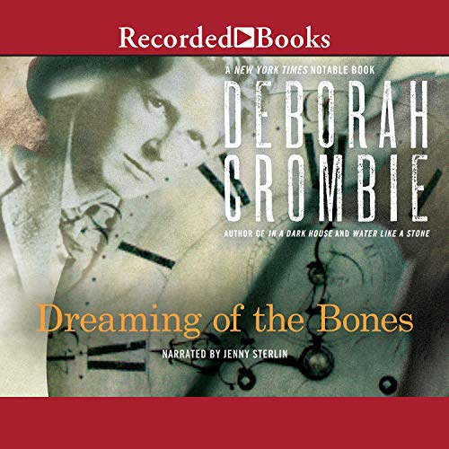 Couverture de Dreaming of the Bones