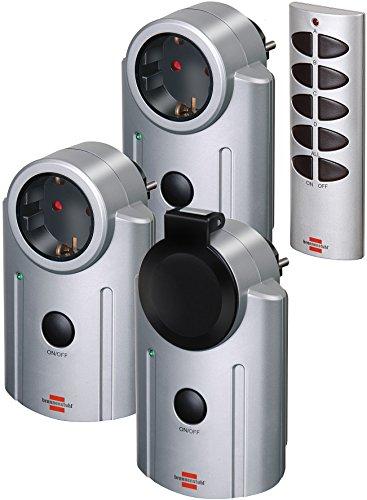 Brennenstuhl Primera-Line Funkschalt-Set RC 2044, 3er Funksteckdosen Set (mit Handsender, IP20/IP44 Schutz und erhöhter Berührungsschutz)