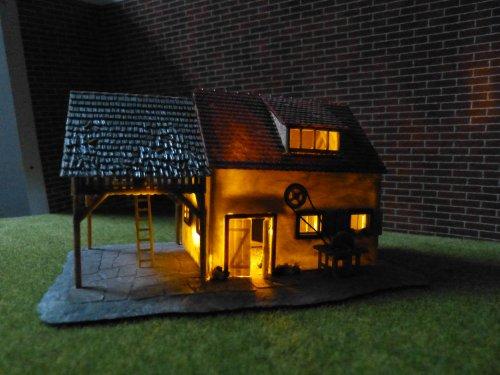 Unbekannt Flackerlicht Feuer Brennendes Haus zu H0 N TT Z funktionsfertiges LED-Modul (ohne das abgebildete Modell-Haus)
