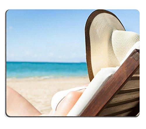 MSD Mousepad IMAGE 26664161 Portret van aantrekkelijke jonge vrouw in bikini ontspannen op ligstoel op strand 684