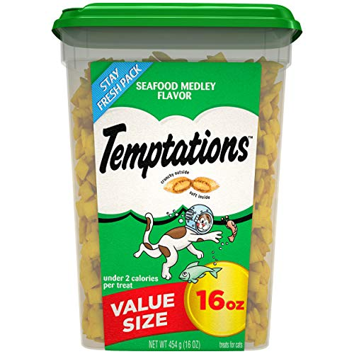 TEMPTATIONS Classic Crunchy and Soft Cat Treats Seafood Medley Flavor, 16 oz. Tub (Reason For Being Late That Starts With A)