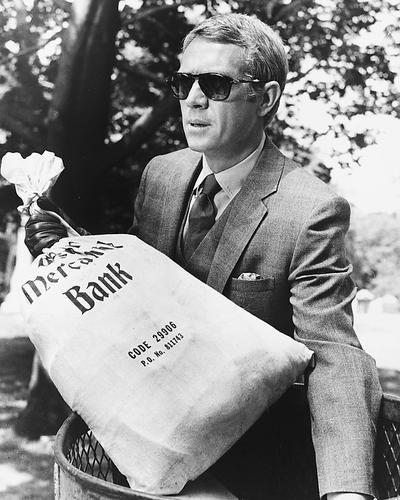 The Thomas Crown Affair mit Steve Mcqueen 10x 8Werbe Foto Cool in Anzug und Persol Sonnenbrille