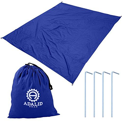 Strand Decke mit Zubehör: Nylon Tote Tasche & 4Heringe/Pegs–auch als Outdoor Camping Gear, Oversized Matte verwendet, Schatten Plane und Picknick Überwurf..., königsblau