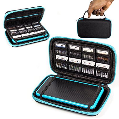 Orzly Funda 2DSXL, Transportar New 2DS XL - Funda Dura de Viaje para Llevar la Nueva Consola Nintendo 2DS XL con Ranuras para Juegos y Bolsillo con Cremallera – Azul sobre Negro