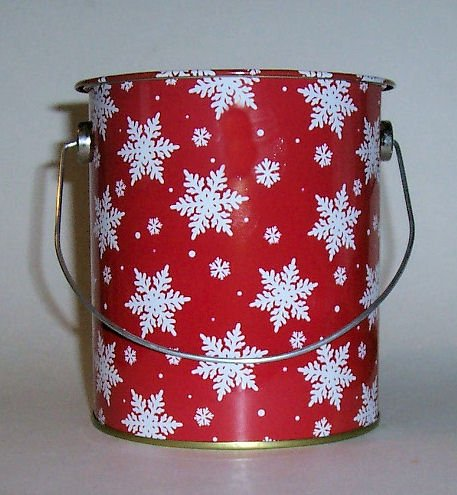 """""""ABC Products"""" - (NEW LOWER PRICE) - All-Purpose - Handy Dandy Can - Decoritive Tin Can or Treat Tin - (With Snow Flakes Design - Come With a Metal Bail) m"""