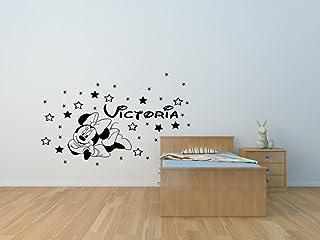 Decalcomania per adesivi murali in vinile personalizzata Minnie Mouse e stelle con farfalle e nome a scelta. Adesivo da pa...