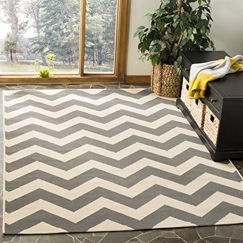 Safavieh Sardinia Multipurpose Indoor/Outdoor Chevron Stripe-Teppich für Innen und Außen, CY6244, Gewebter Polypropylen, Grau/Beige, 160 x 230 cm