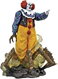 DIAMOND SELECT TOYS Horror Movie Gallery: It 1990 Classic Pennywise PVC Figure, Multicolor, 9'