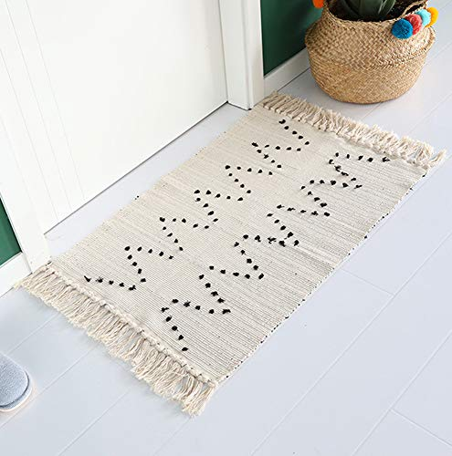 Wolala Home 100% Natural Fiber Cotton Hand Woven Rugs with Non-Slip Pads Flat Weave Tufted Tassel Fringe Washable Area Rug for Porch Doormat Livingroom/Playroom (2'x3', Natural White)