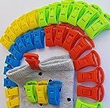 Alcrea 32 Pinzas de EMPAREJAR Calcetines para Lavadora y Secadora. Muy cómodo y rápido de TENDER, Clasificar y al Cajón. GANCHO para tendedero de ropa. Pequeñas, fuertes, Plástico sin Acero. 4 colores