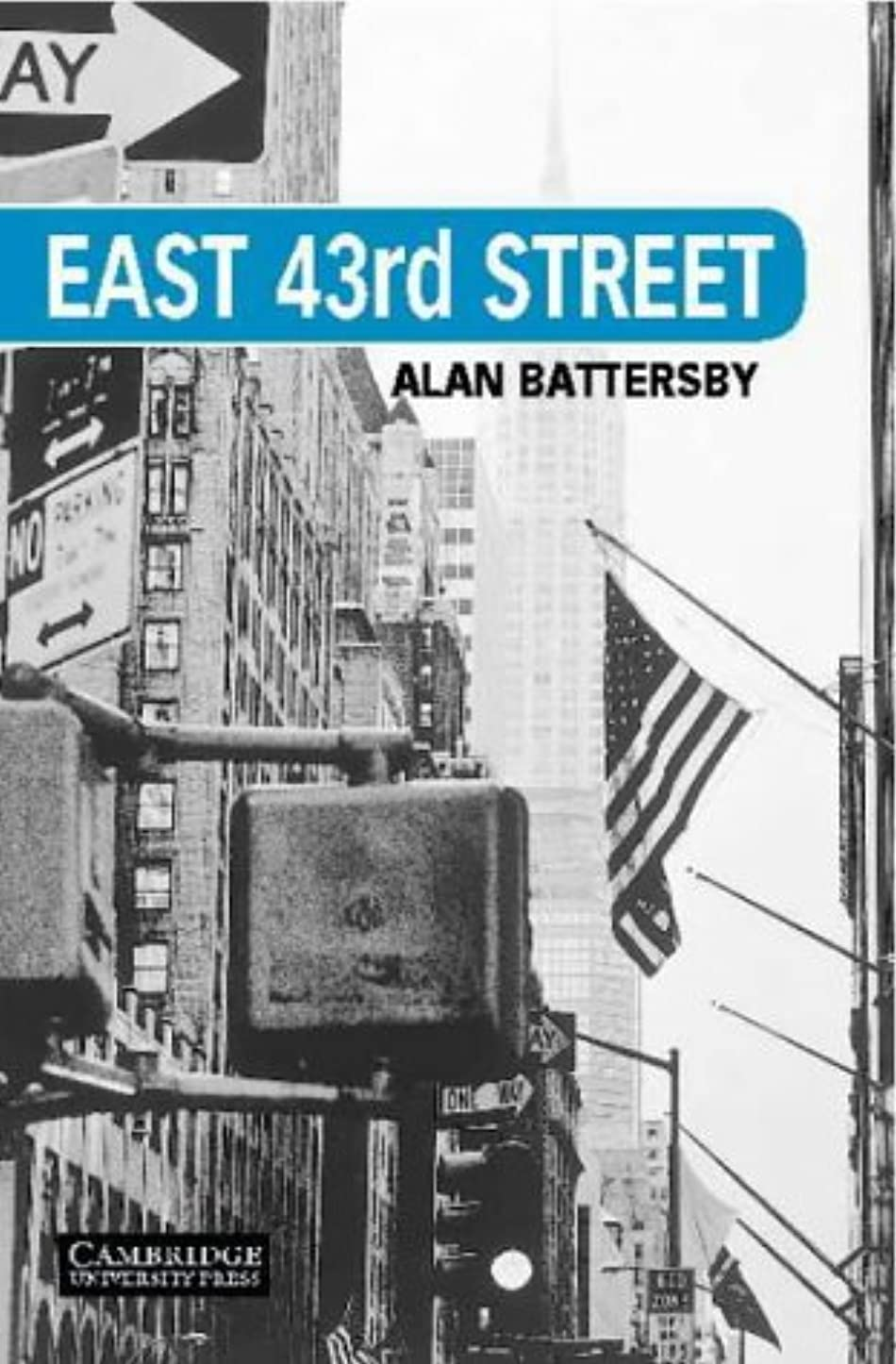 理容師れる四East 43rd Street Level 5 (Cambridge English Readers) (English Edition)