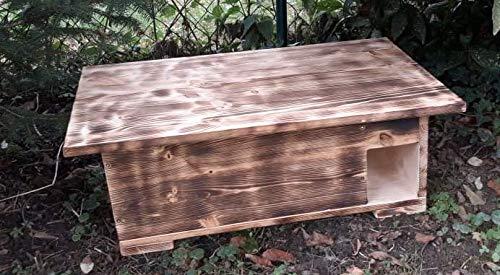Kees Holzprodukte Igelhaus geflammt nach Nabuempfehlung gebaut