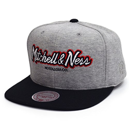Mitchell & Ness Homme Casquettes / Casquette Snapback & Strapback The 3-Tone Own Brand Pinscript gris Réglable